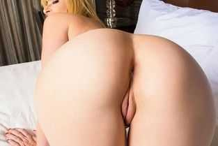 blonde slut fucking hard in th